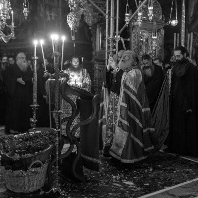 Cum putem să distingem între un fenomen medical și un fenomen demonic? - fotoreportaj de la Înălțarea Sfintei Cruci