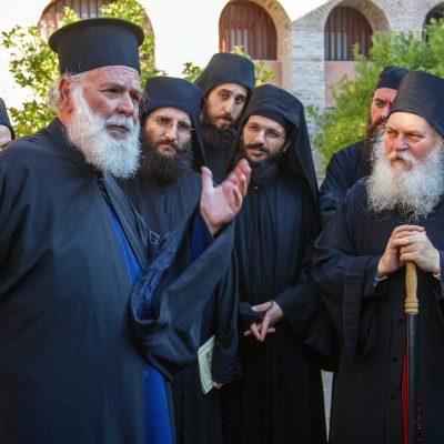 Părintele Gheorghe Metallinos a murit ...în această lume - un mic fotoreportaj