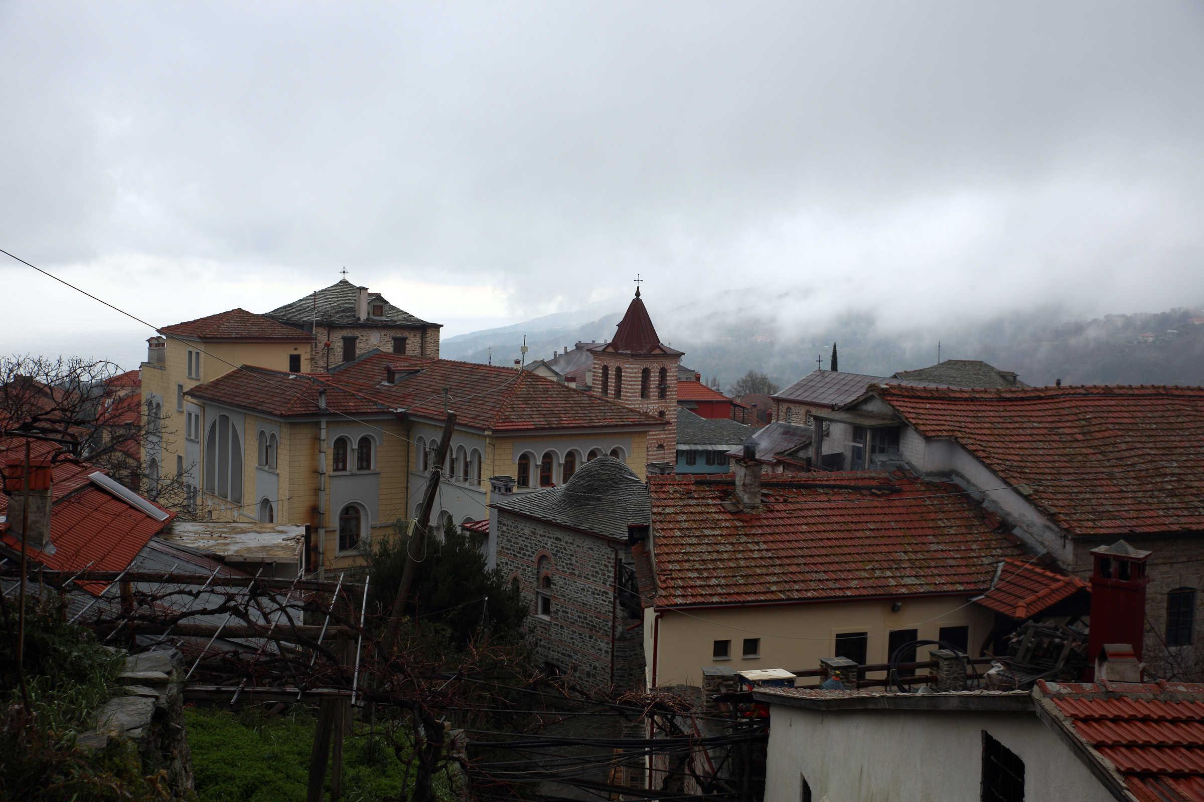 Karyes, Muntele Athos - (C) mănăstirea Vatopedi, Muntele Athos