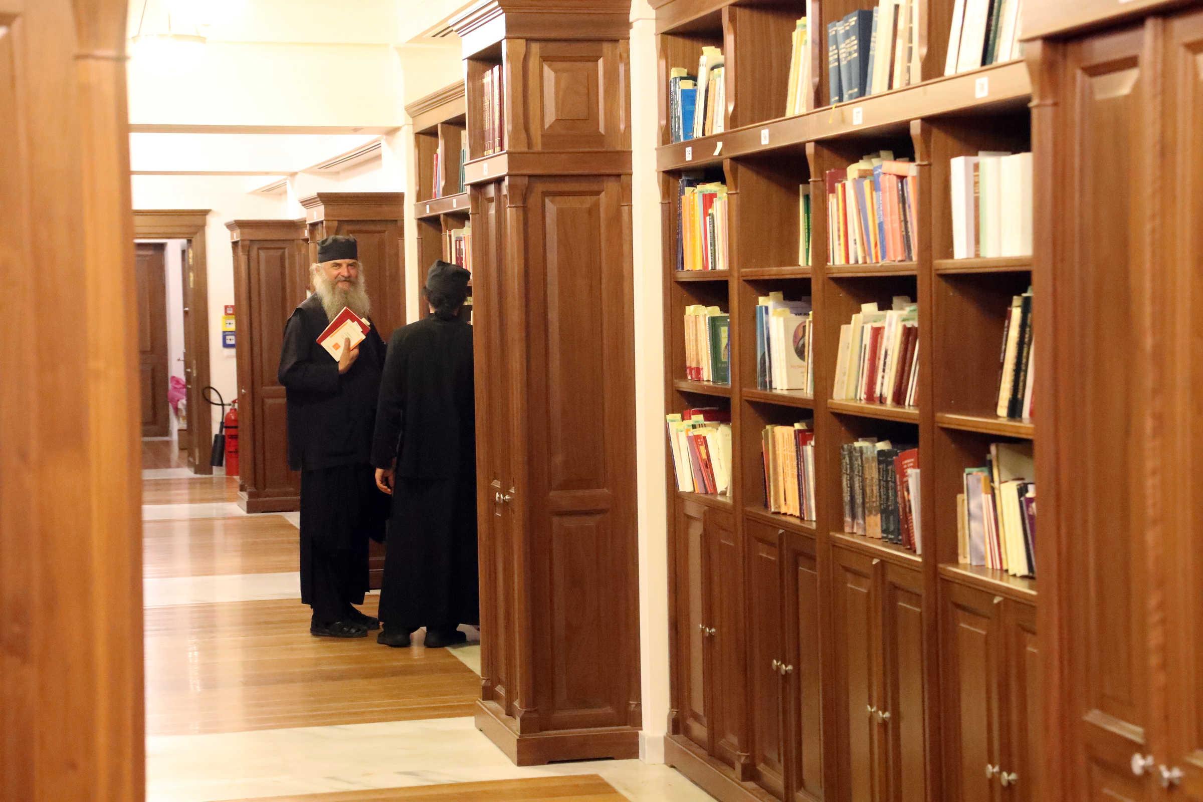 Drepturile copiilor – (C) Mănăstirea Vatoped, Muntele Athos