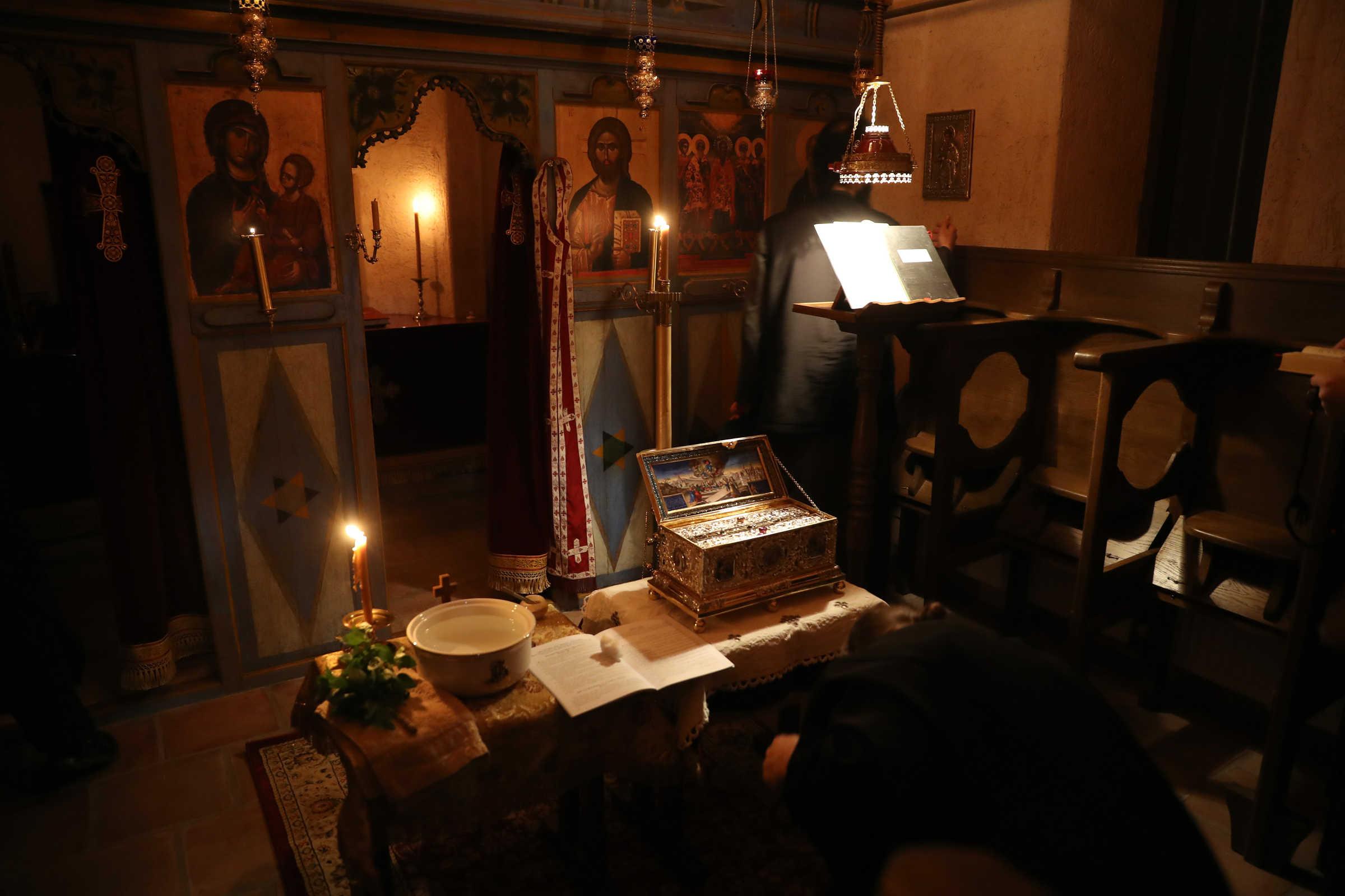 Cum sa vă împotriviți diavolului - (C) mănăstirea Vatopedi, Muntele Athos