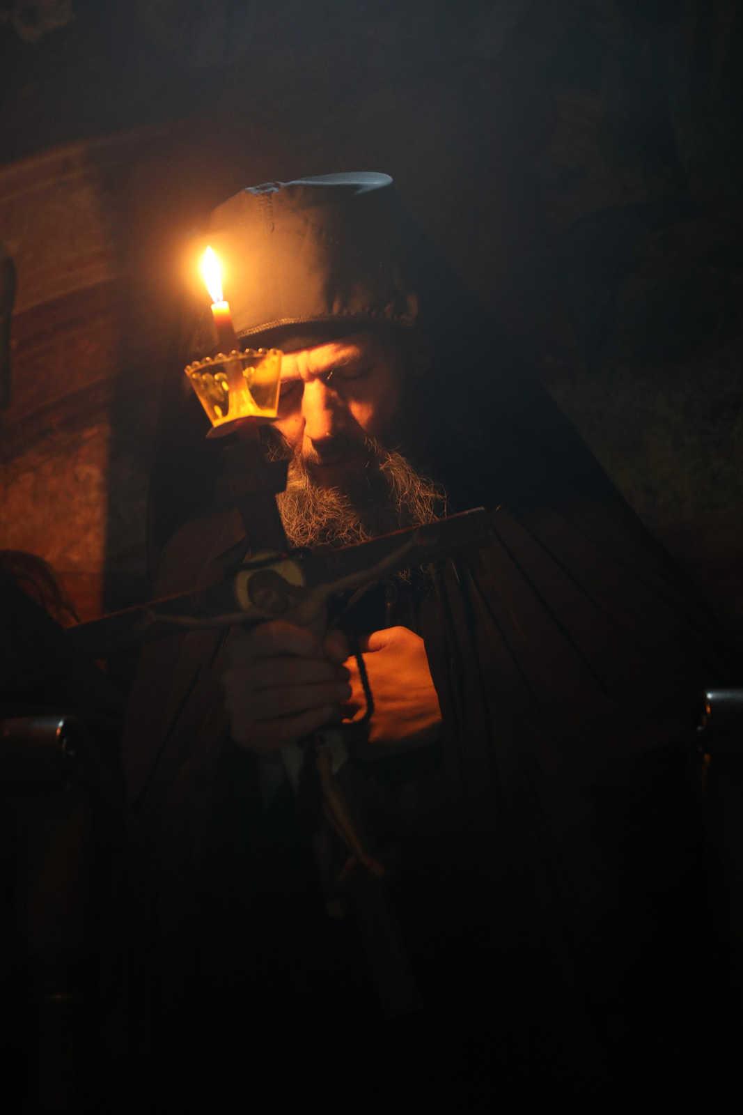 Profeții despre pandemie - fotoreportaj de la o tundere în Schima Mare